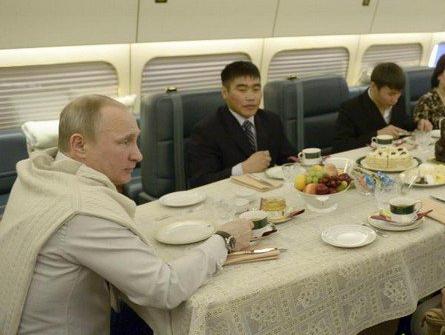 揭秘!俄媒曝光普京豪华专机
