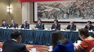 刘云山参加云南代表团讨论