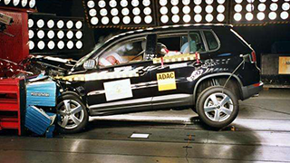 新车安全碰撞结果发布