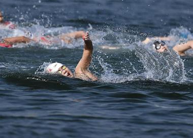 辛鑫夺中国首个世锦赛公开水域冠军