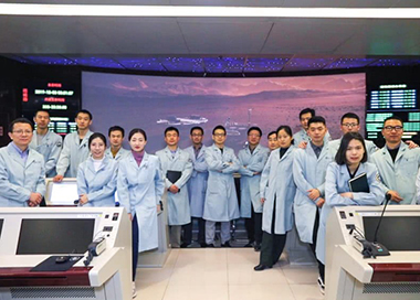 中国火星探测任务飞控团队首次亮相