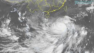 """""""莫拉菲""""升级为强台风"""